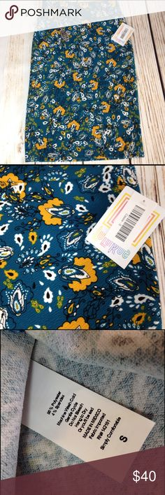 Turquoise and mustard flowered Small Cassie. Super cute Cassie with versatile print. This also has black and white so it's easy to pair. NWT ‍♀️See sizing chart for details.  No trades  No lower offers  Thank you for the likes, shares and kindness!  LuLaRoe Skirts Pencil