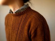 17 Ideas how to wear shirt under sweater cable knit – Knitting Ideas Looks Street Style, Looks Style, Style Me, Mode Outfits, Winter Outfits, Look Fashion, Winter Fashion, How To Wear Shirt, Style Feminin