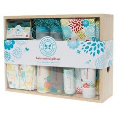Honest Baby Arrival Gift Set (7 Pieces)