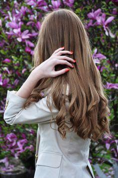 Pretty hair, pretty nails