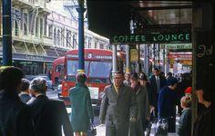 Willis St Wellington 1968 Wellington New Zealand, Documentary Photography, British Isles, Buses, Old Photos, Street Photography, Documentaries, Nostalgia, London