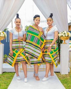 Latest African Fashion Dresses, African Dresses For Women, African Wear, African Attire, African Women, Venda Traditional Attire, Traditional Wedding Attire, Traditional Outfits, South African Traditional Dresses