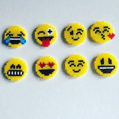 Funny smiley coasters in beads Hama midi - Laura Choupeaux - arabic styla Easy Perler Bead Patterns, Melty Bead Patterns, Perler Bead Templates, Bead Loom Patterns, Beading Patterns, Jewelry Patterns, Bracelet Patterns, Embroidery Patterns, Mini Hama Beads