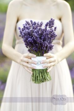 Lavender bridal bouquet by Rebeca M. Photo by me Nora Chis Photography:)Enjoy it!