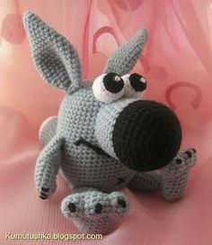Toys from Kumutushki: wolf with chamomile (free PATTERN)