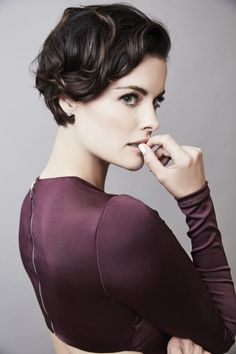 Edgy Platinum Spikes - 40 Best Edgy Haircuts Ideas to Upgrade Your Usual Styles - The Trending Hairstyle Jaimie Alexander, Chic Short Hair, Short Wedding Hair, Short Hair Cuts, Short Pixie, Haircut Styles For Women, Short Haircut Styles, Hair Styles, Edgy Haircuts