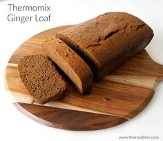 This Thermomix Ginger Loaf is so simple to put together and is perfect with a cup of tea or as a special treat in the kids lunch box! Loaf Recipes, Lunch Box Recipes, Cooking Recipes, Vegetarian Recipes, Gingerbread Loaf Recipe, Ginger Loaf, Cuisines Diy, Easy Lunch Boxes, Golden Syrup