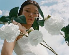 Yoon Young Bae stars in Chanel Hydra Beauty 2020 campaign. Stella Mccartney, Chanel Hydra Beauty, White Camellia, Chanel Model, Campaign Fashion, Fashion Photography Inspiration, Gisele, Fashion Labels, Editorial Fashion
