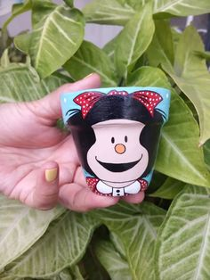 Paint Garden Pots, Painted Plant Pots, Painted Flower Pots, Flower Pot Crafts, Vase Crafts, Bouquet Delivery, Clay Pot People, Pottery Painting Designs, Globe Ornament
