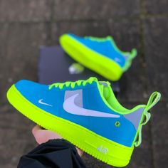 ⛸️Item: 💯 Lethal Nike🔥🔥🔥 💰Price:K. Cute Sneakers, Shoes Sneakers, Yeezy Sneakers, Nike Shoes Air Force, White Nike Shoes, Hype Shoes, Fresh Shoes, Mode Streetwear, Custom Shoes