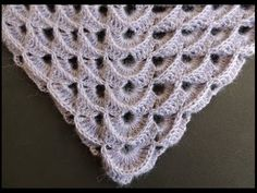 Punto a V in rilievo (scialle) - V stitch in relief (shawl) - Solo Video Uncinetto