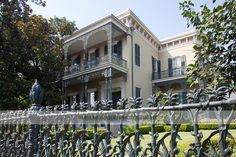 Garden District, New Orleans | The Garden District of New Orleans, which is classified as National ...