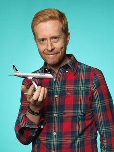 Fernando Orellana från Stockholm köpte ett flygplan från bolaget Britannia. Fernando har ett plan från varje bolag han jobbat för, men saknade ett från Britannia Airways, pris 100 kr.