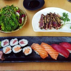 Valentine's day sushi at Hare & Tortoise Kensington  (That tuna tataki though..) #sushi #amazing #yum #delicious #japanese #maki #seaweed #tuna #fish #raw #kensington #fresh #healthy #maki #sushiroll #asian #food #foodpic #valentines #lunch #foodie #foodporn #health #tataki by kittylingerista