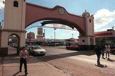 El-arco-entrada-al-barrio-de-La-Villita......