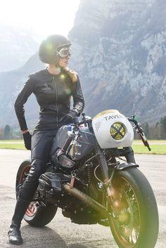 VTR Customs & Sabine Holbrook for Taveri Moto
