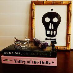Gwinky Skull V by libertypost on Etsy