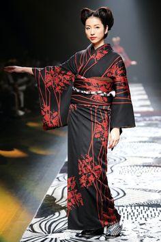 Jotaro Saito kimono fashion
