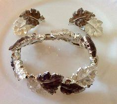 SUPER RARE Vintage Lisner Brown and White Oak Leaves Bracelet and Earrings Set