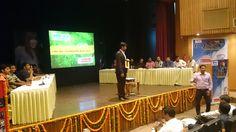 Quizmaster Gautam Bose conducting the corporate Quiz event in Delhi.