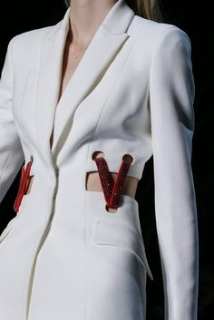 Versace Spring 2015 Ready-to-Wear Fashion Show Fashion Details, Look Fashion, High Fashion, Fashion Show, Fashion Design, Fashion Models, Couture Fashion, Runway Fashion, Womens Fashion