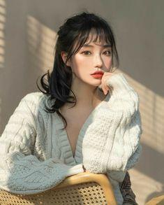 Korean Beauty Girls, Pretty Korean Girls, Cute Korean Girl, Beautiful Asian Girls, Asian Beauty, Ulzzang Hair, Ulzzang Korean Girl, Uzzlang Girl, Cute Girl Face