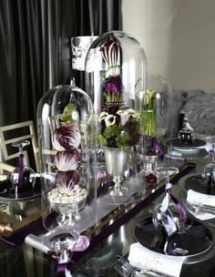 Décoration intéressante avec des choux et des légumes verts