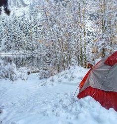 Ward Lake in the Sierra Nevada of Yosemite National Park, California, USA