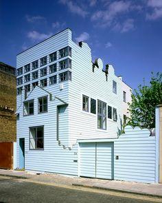 FAT Architecture   Ampliación de la Casa Azul (Blue House)   Londres, Reino Unido   2002
