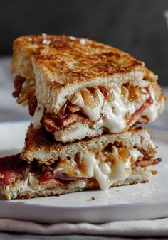 15 Toronto Grilled Cheeses You Need To Put In And Around Your Mouth | Narcity Toronto