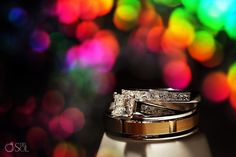 Look at the rainbow sparkle on this wedding ring photo - awesome!