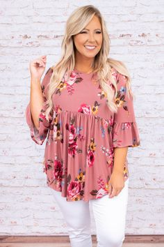 Designer Plus Size Clothing, Modest Outfits, Everyday Look, Fashion Outfits, Fashion Ideas, Mauve, Plus Size Outfits, Plus Size Fashion, Floral Tops