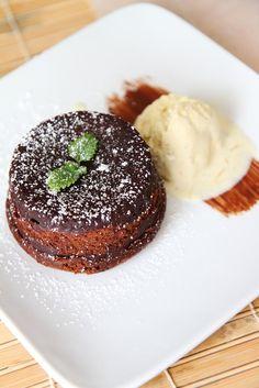 Molten chocolate cake with Pierre Herme's vanilla bean ice cream