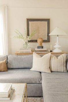 All About The Console Table - Harlowe James - Home decor interests Home Interior, Living Room Interior, Home Living Room, Apartment Living, Living Room Designs, Interior Design, Interior Colors, Wall Sconce Living Room, Living Room Decor Beach
