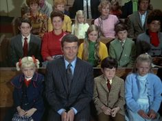 Christmas Tv Shows, Christmas Episodes, Ann B Davis, Brady Kids, Eve Plumb, Robert Reed, The Brady Bunch, Star Pictures, Holiday Pictures