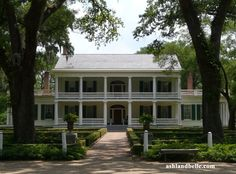Rosedown Plantation, Francisville, La.  This plantation was built in 1835 in only 6 months for Daniel and Martha (Barrow) Turnbull. Daniel Turnbull became one of the richest men in the nation by selling cotton. At one time, Rosedown covered over 3400 acres - most of it in cotton.