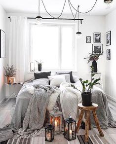 awesome small apartment decorating ideas for couple 00018 Deco Boheme Chic, Casa Loft, Ideas Hogar, Small Apartment Decorating, Cozy Bedroom, Gray Bedroom Decor, Bedroom Ideas Grey, My New Room, Home Interior