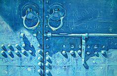 See 2338 photos and 79 tips from 15289 visitors to Marrakech Moroccan Doors, Moroccan Art, Moroccan Blue, Moroccan Style, Marrakech, Building A Door, Wood Entry Doors, Glass Front Door, Front Doors