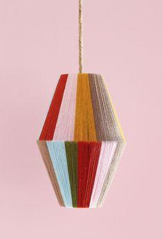 Make a Color-Blocked Pendant Lamp Diy Abat Jour, Wire Lampshade, Lampshades, Lamp Design, Chair Design, Design Design, Diy Projects To Try, Cool Diy, Decoration