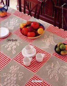 toalha de mesa com renda