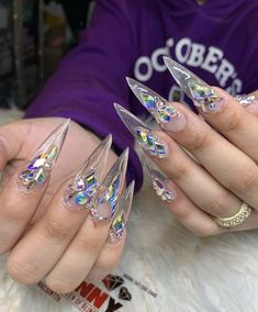 Long nails will always look more glamorous than most of the designs for short nails. These nail design ideas that we have gathered here will… Wow Nails, Cute Nails, Pretty Nails, Long Nail Designs, Cute Nail Designs, Bling Nails, Stiletto Nails, Coffin Nails, Cardi B Nails