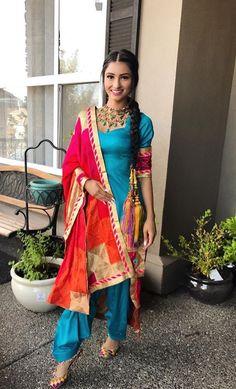 Designer Boutiques in Jalandhar,Punjab,India Indian Suits Punjabi, Punjabi Suits Party Wear, Punjabi Dress, Indian Attire, Indian Wear, Salwar Designs, Designer Punjabi Suits, Indian Designer Wear, Punjabi Fashion