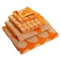 Discover+the+Orla+Kiely+Stem+Jacquard+Towel+-+Tea+Rose/Orange+-+Face+Towel+at+Amara