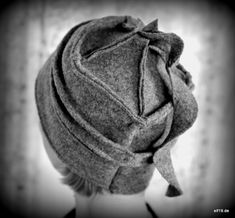 Love Hat, Vintage Fashion, Sewing, My Style, Hats, Fabric, Dreadlocks, Beret, Beanies