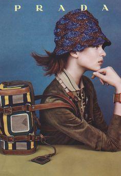 Prada Campaign S/S Steven Meisel Campaign Fashion, Ad Fashion, New Fashion Trends, Fashion Studio, Editorial Fashion, Fashion News, Fashion Brands, High Fashion, Fashion Jewelry