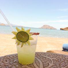Drinks on the beach at Villa del Palmar Loreto. #VDPLFam #villadelpalmarl // www.cupcakesandcutlery.com