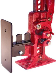 PN: 51103UPC: 854185005059 The (patent pending) Safe Jack™ Secure Lifter for Hi-Lift® and farm style jacks is a very useful accessory for 4X4 enthusiasts, farm