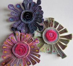 Dog daisy chains - more freemotion embroidery on velvet and felt.
