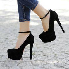 Bağcıklı klasik ince topuk siyah ayakkabı