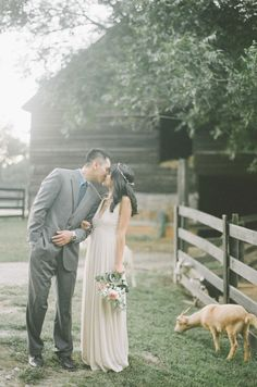 Wanderlust Hippie Chic Boho Engagement Session   Photograph by Kendra Elise Photography  http://www.storyboardwedding.com/wanderlust-hippie-chic-boho-engagement-session/